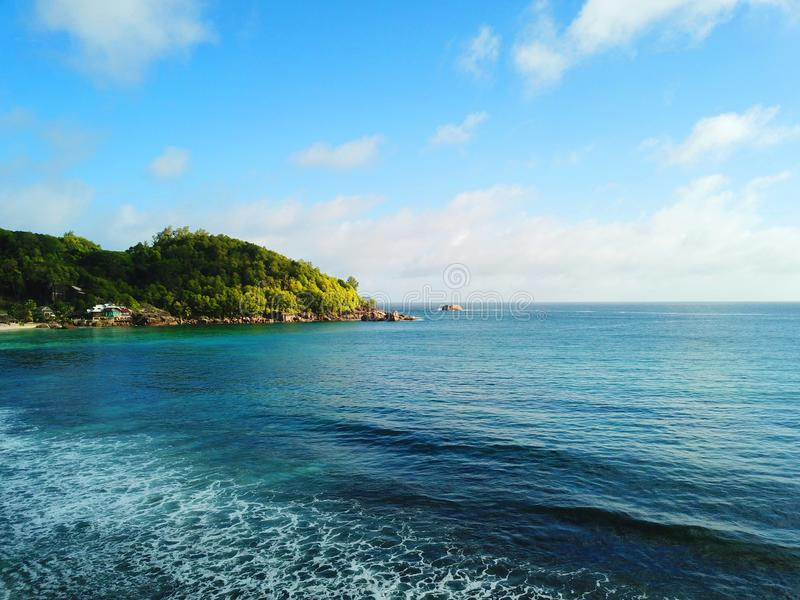 Spiaggia di Takamaka e l'Oceano Indiano fotografia stock