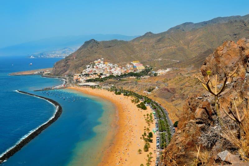 Spiaggia di Teresitas in Tenerife, Isole Canarie, Spagna immagini stock libere da diritti
