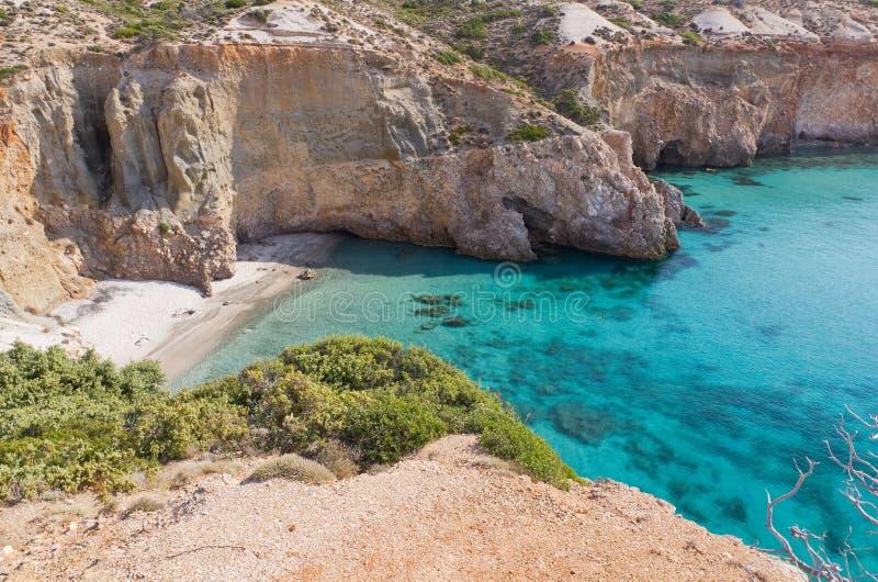 Spiaggia di Tsigrado, Milos, Grecia fotografie stock libere da diritti