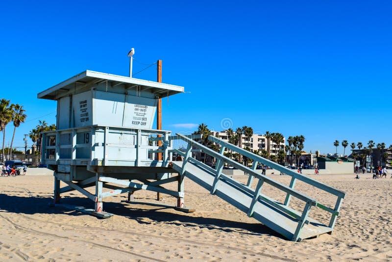 Spiaggia di U.S.A. e bagnino Tower in Santa Monica, California fotografia stock libera da diritti