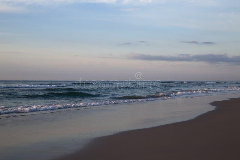 Spiaggia di Wrightsville prima del tramonto fotografia stock libera da diritti