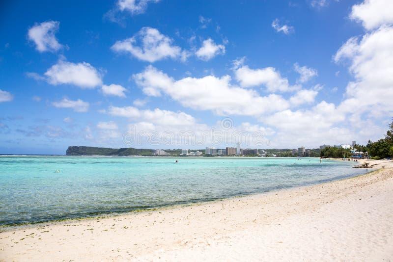 Spiaggia di Ypao nel Guam fotografie stock