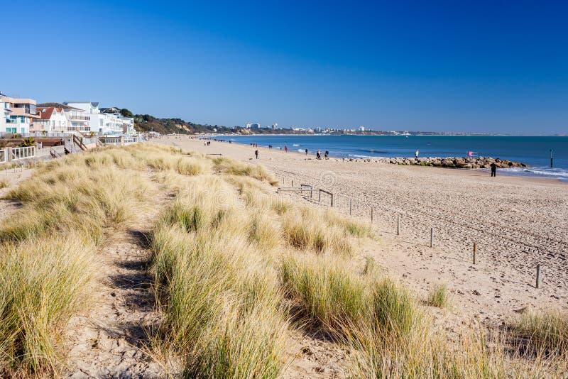 Spiaggia Dorset dei banchi di sabbia immagini stock
