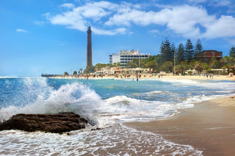 Spiaggia e faro di Maspalomas Gran Canaria, isole Canarie immagine stock libera da diritti