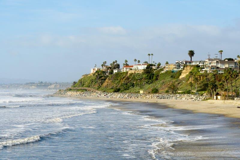 Spiaggia e linea costiera di San Clemente prima di tempo di tramonto fotografia stock libera da diritti