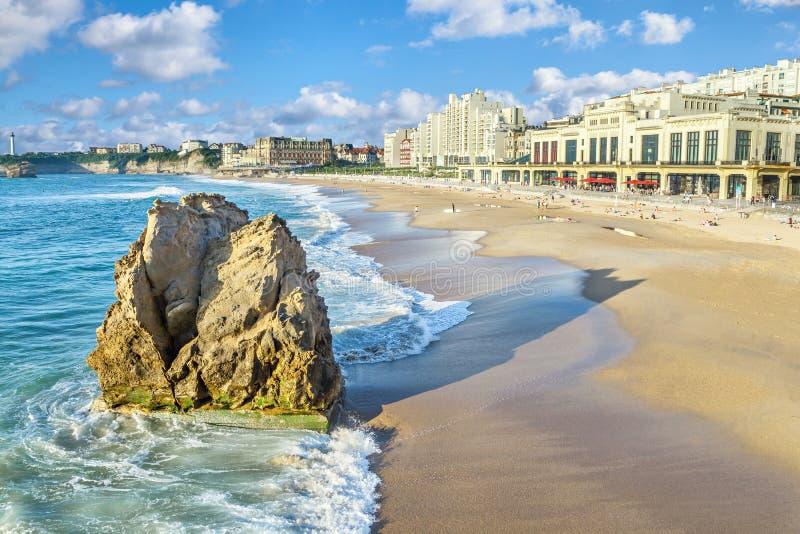 Spiaggia grande del flocculo a Biarritz immagine stock libera da diritti