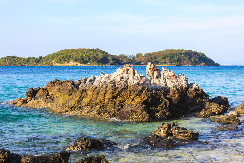 Spiaggia in Koh Larn, pattaya, Tailandia immagini stock libere da diritti