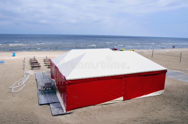 Spiaggia lettone Jurmala del ricorso del mare immagine stock libera da diritti