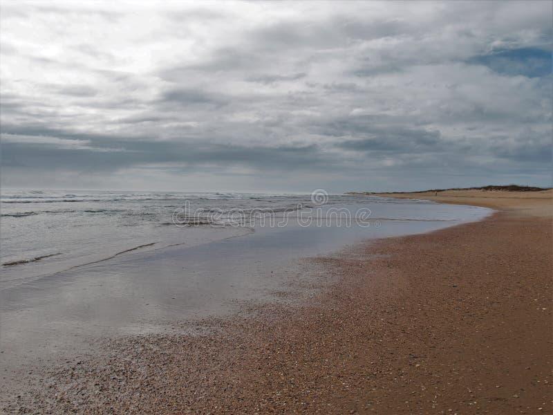 Spiaggia nazionale di Hatteras del capo in Nord Carolina fotografia stock
