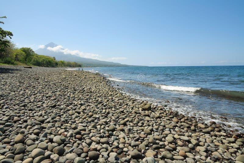 Spiaggia nell'isola del Flores fotografia stock libera da diritti