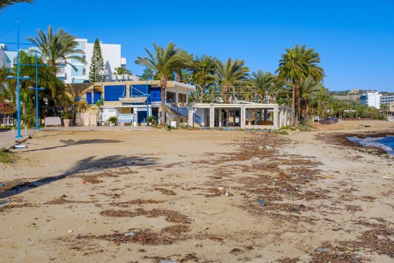Spiaggia pubblica a Ayia Napa nel Cipro immagine stock