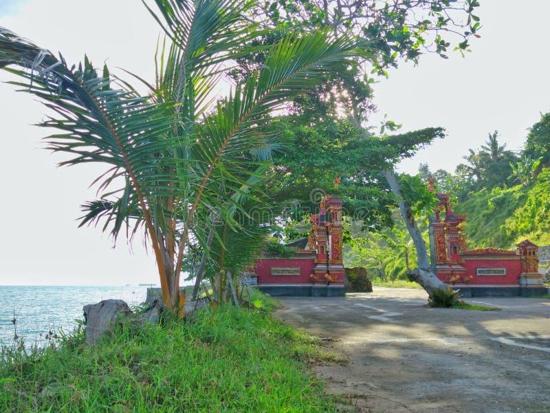 Spiaggia tropicale di paradiso in Indonesia fotografia stock libera da diritti