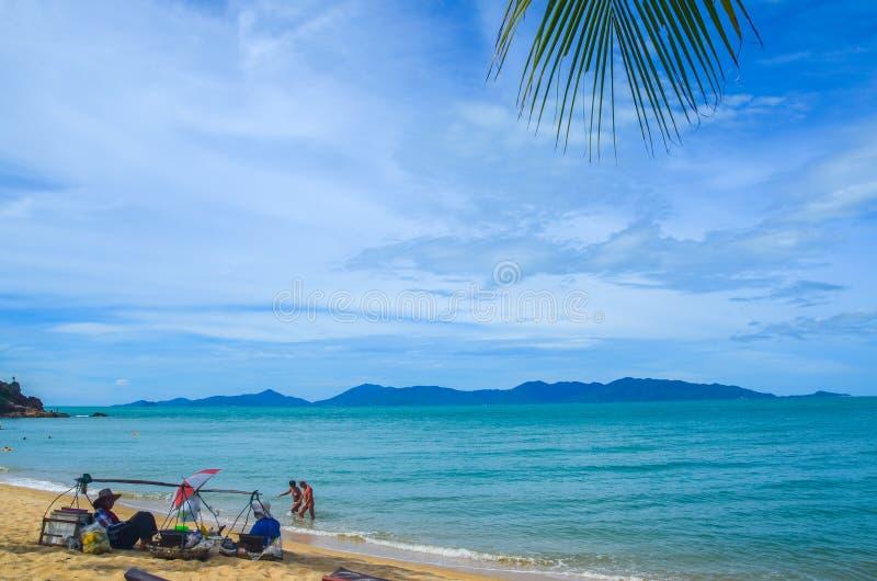 Spiaggia tropicale in Tailandia fotografia stock