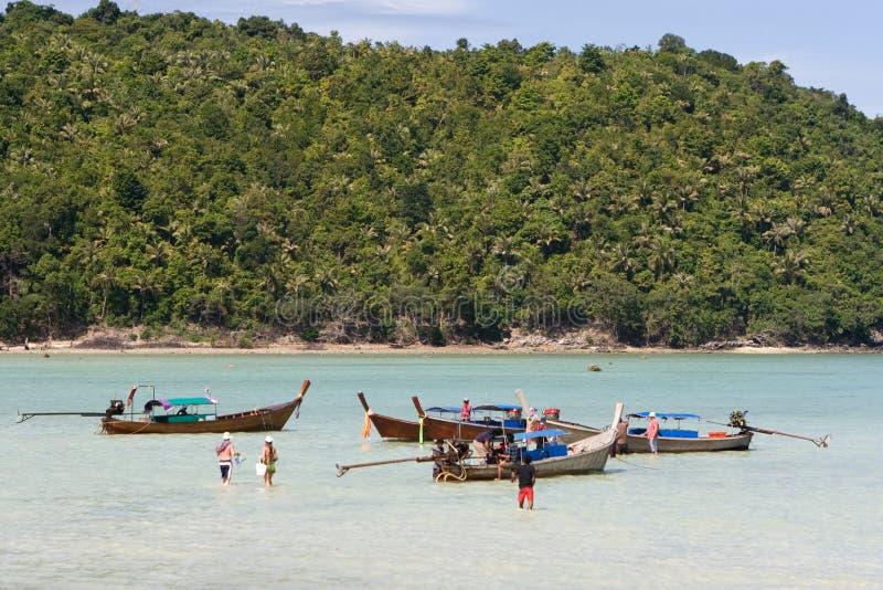 Spiaggia tropicale in Tailandia fotografie stock libere da diritti