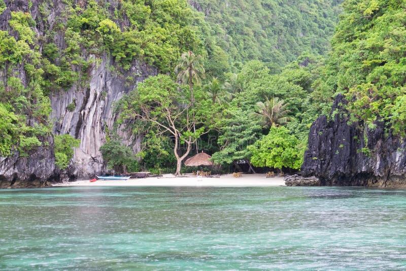 Spiaggia vuota in EL Nido, Palawan, Filippine fotografia stock libera da diritti