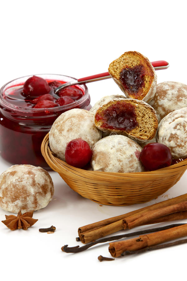 Free Spice-cakes With A Cherry Jam Royalty Free Stock Images - 16891229