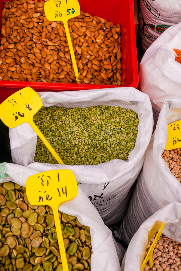 Free Spices, Pulses And Seeds At Market In Jerusalem Royalty Free Stock Images - 41356779