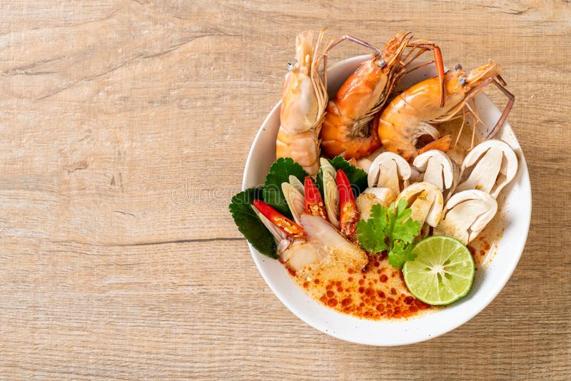 Spicy shrimps soup (Tom Yum Goong. ) - Thai Traditional Food royalty free stock images