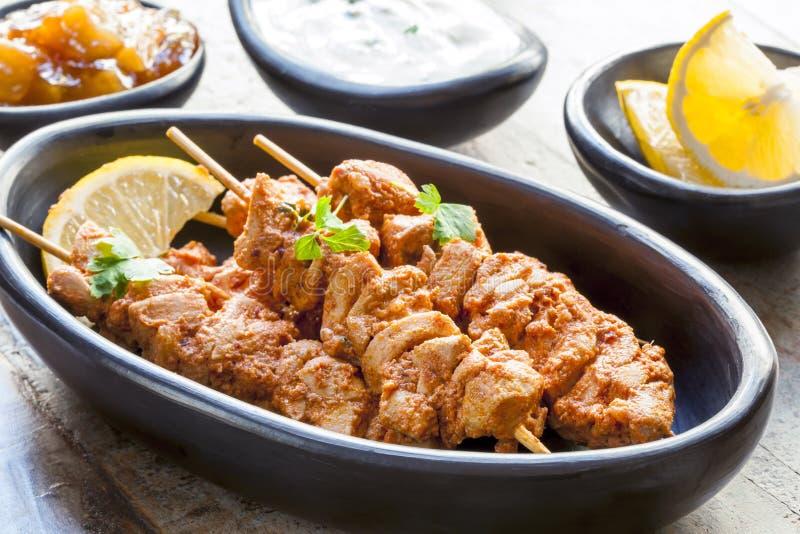 Spiedi del pollo di Tandoori fotografia stock