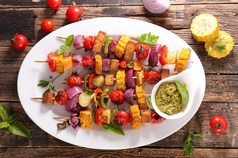 Spiedo di verdure arrostito immagine stock