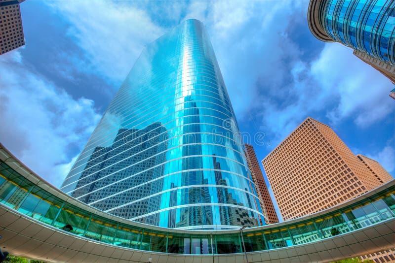 Spiegel van de binnenstad van de de wolkenkrabbers disctict de blauwe hemel van Houston royalty-vrije stock fotografie