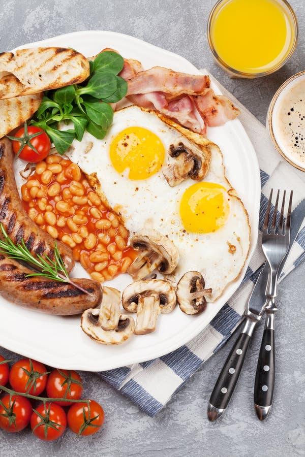 Spiegeleier des englischen Frühstücks, Würste, Speck lizenzfreies stockbild