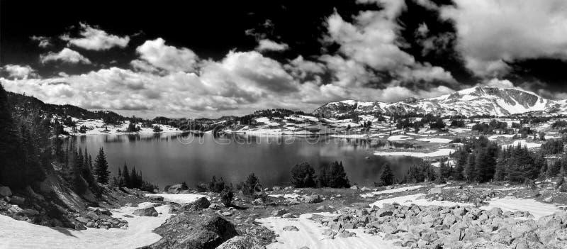 Spiegelmeer, Montana stock fotografie
