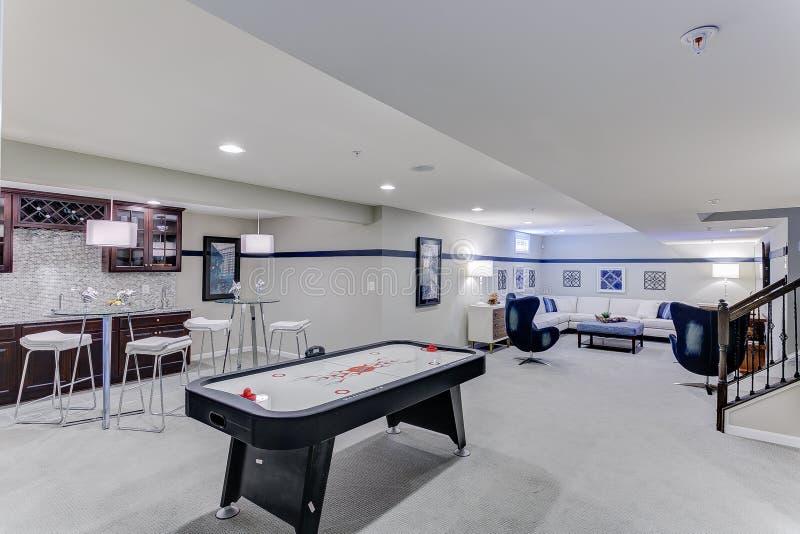 Spiel-Raum für die Familie stockfoto