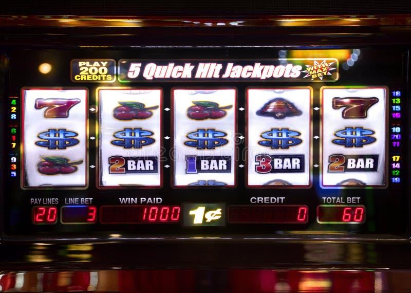 Spielautomat, der einen Preis anzeigt lizenzfreie stockfotografie