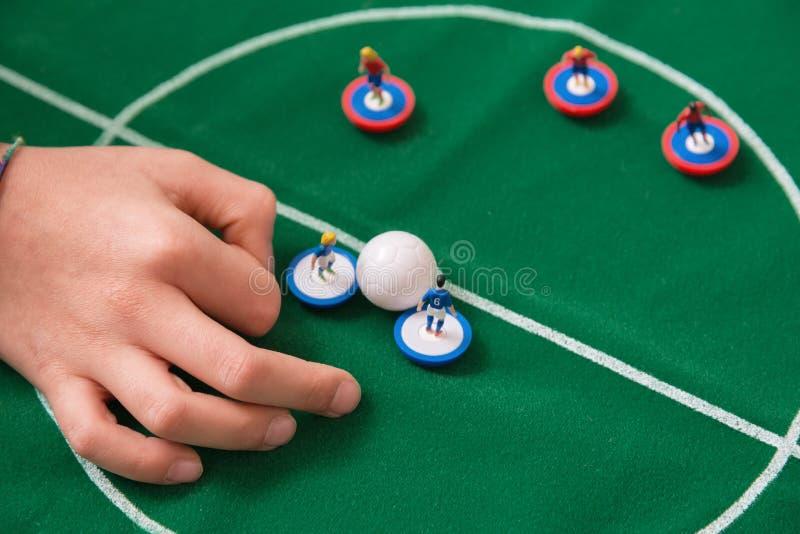 Spielen des Fußballtabellenspielzeugs stockfotografie