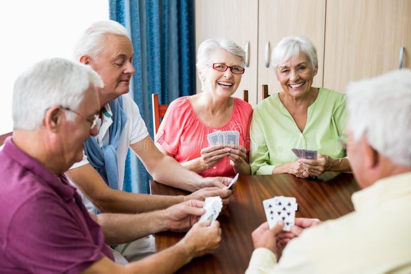 Spielkarten der Senioren zusammen lizenzfreies stockfoto