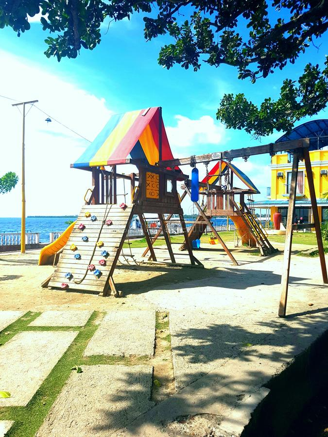 Spielplatz der Kinder stockbilder