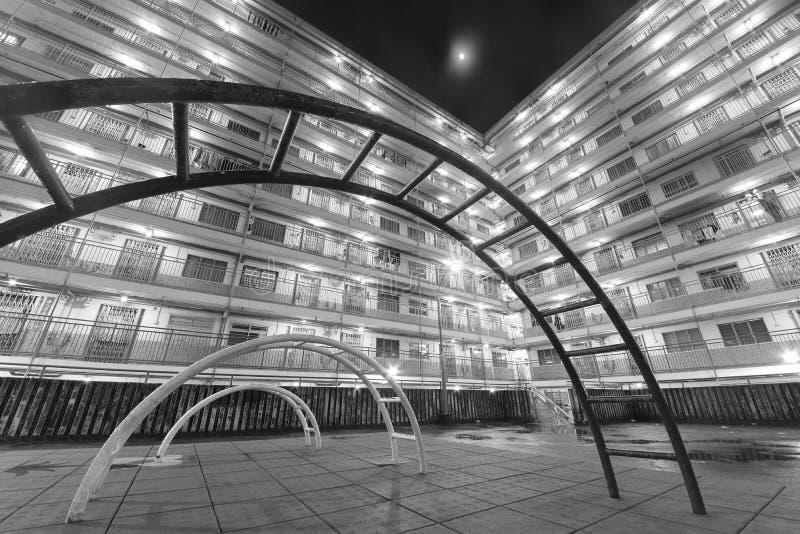 Spielplatz im Wohnviertel in Hong Kong-Stadt lizenzfreies stockfoto