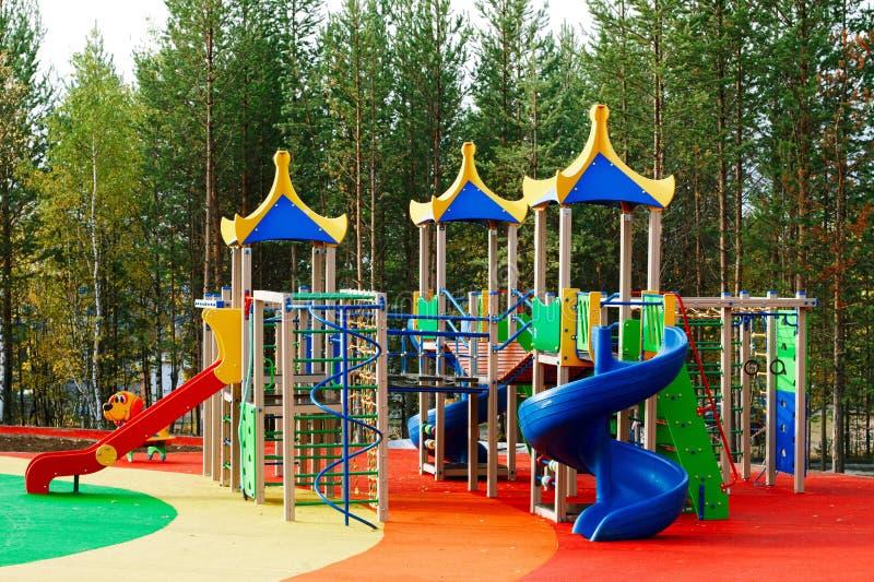 Spielplatz ohne Kinder lizenzfreie stockfotos