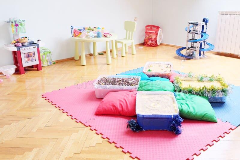 Spielraum im Kindergarten stockfotografie
