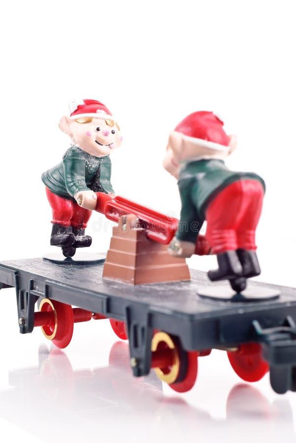 Spielzeug-Elfe auf Serien-Kombüse stockbilder