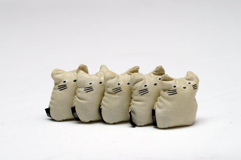 Spielzeug-Katzen lizenzfreie stockfotos
