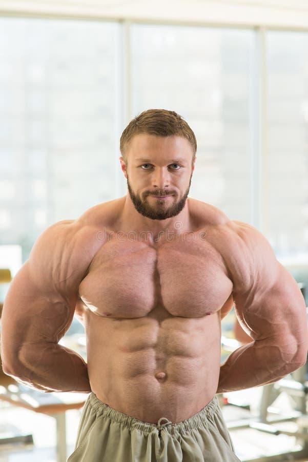 Spier bodybuilder royalty-vrije stock afbeelding