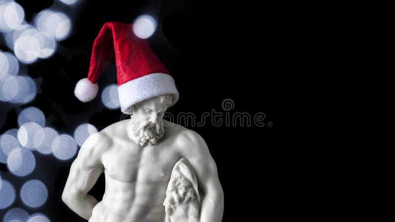 spier mannelijk cijfer met een Santa Claus-hoed royalty-vrije stock foto's