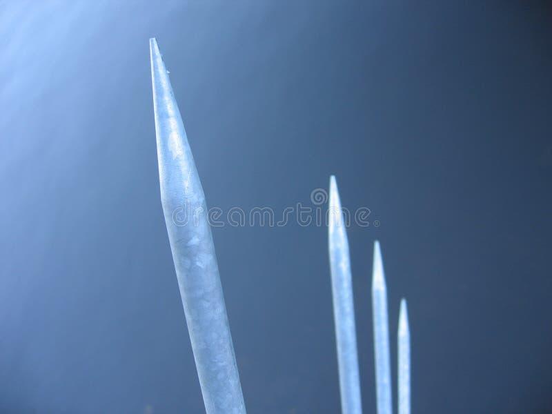 Download Spikes stål fotografering för bildbyråer. Bild av silver - 30221