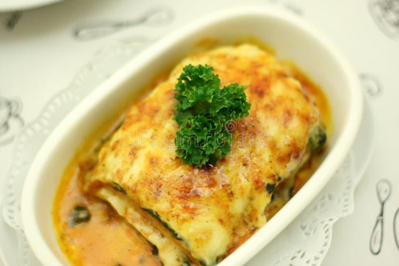 Spinaci cotti con formaggio immagine stock libera da diritti