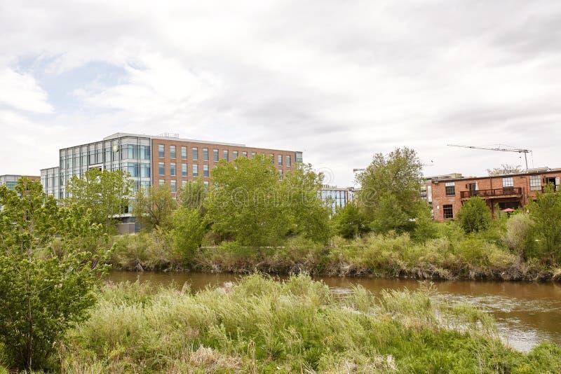 Spingtime au parc de confluent ? Denver, le Colorado photographie stock libre de droits