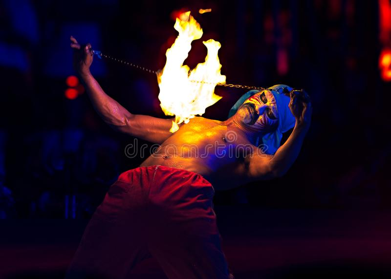 SPINNING FIRE SHOW royalty free stock photography