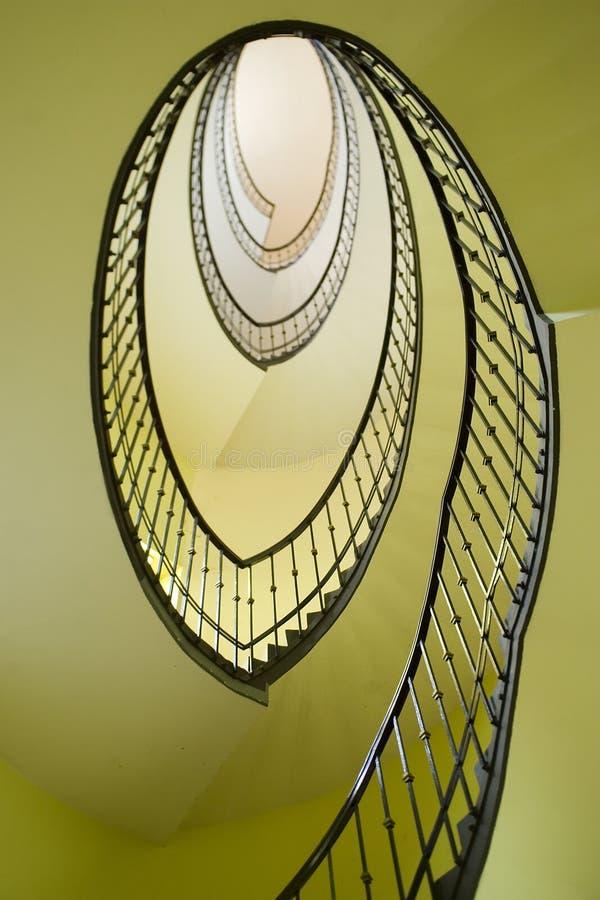 Spiraalvormige trap stock afbeeldingen
