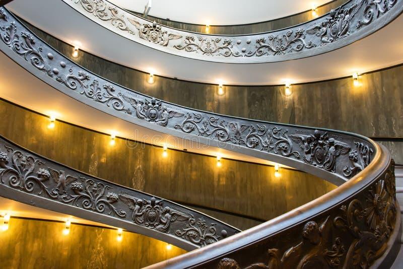 Spiraalvormige treden van de Musea van Vatikaan in Vatikaan, Rome royalty-vrije stock fotografie