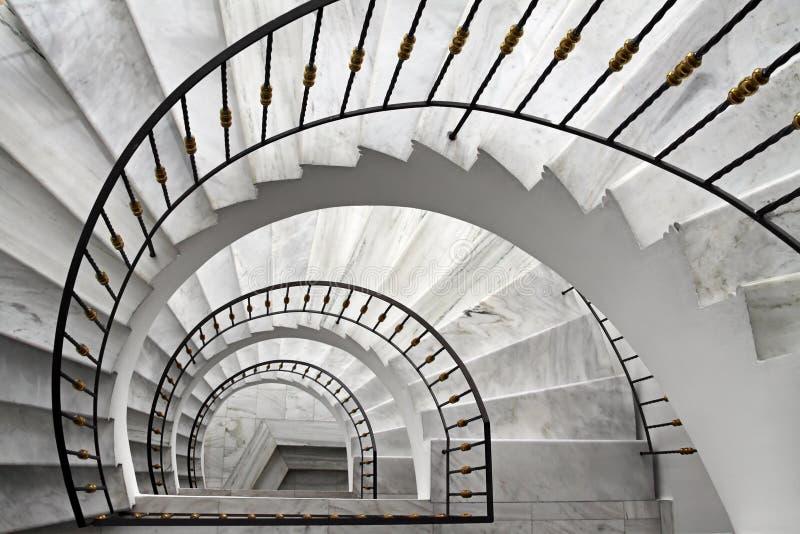 spiral trappuppgång royaltyfria bilder