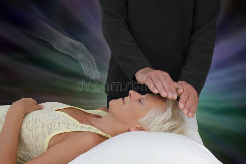Spirytusowy przewdonik Pomaga Leczniczej sesi zdjęcie stock