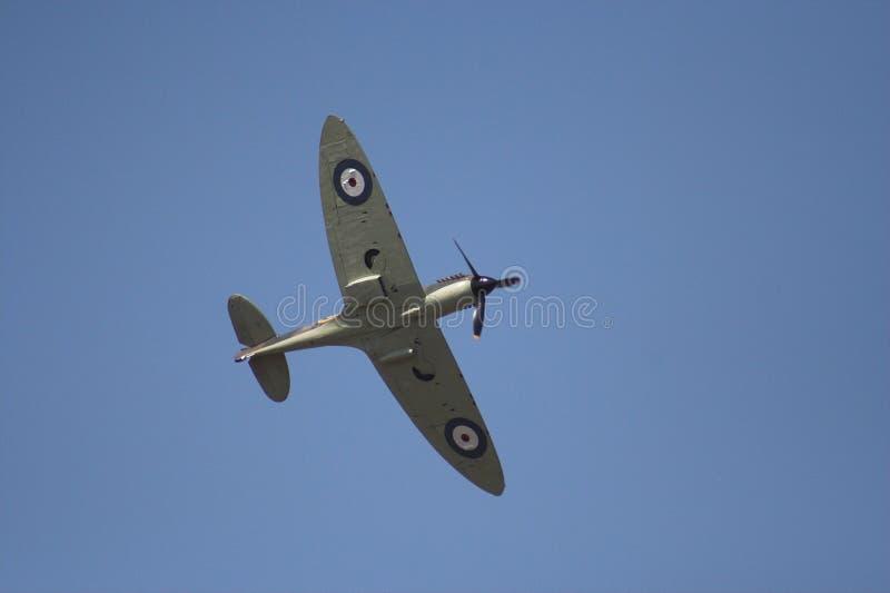 Spitfire en vol images stock