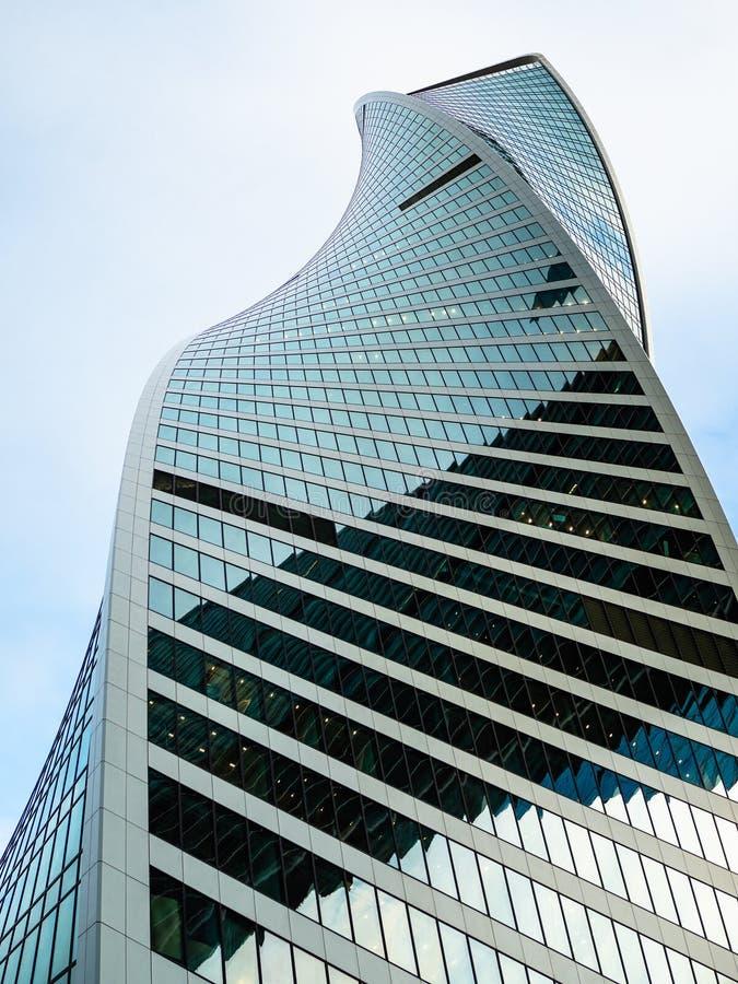 Spitze des Entwicklungs-Turms in Moskau-Stadt stockbilder