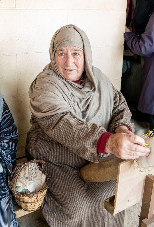 Spitzearbeitskraft in Gozo lizenzfreies stockfoto